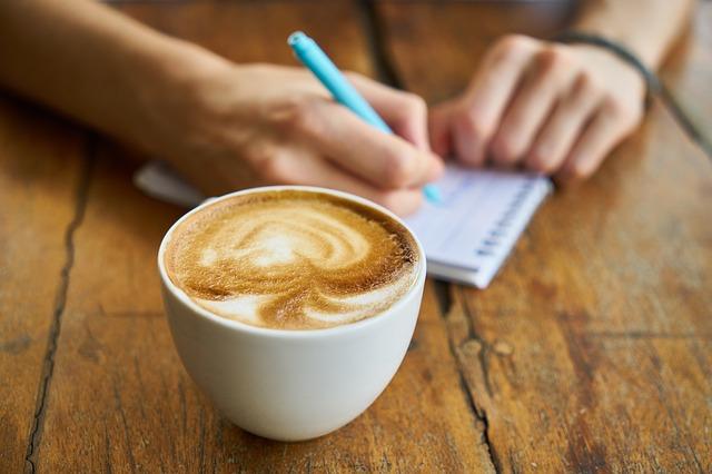 nápad u kávy
