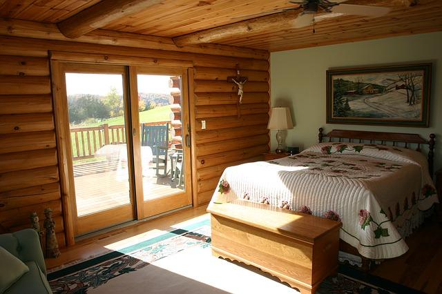 dřevěná ložnice.jpg